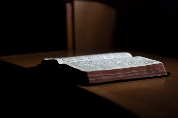 bible-book-christian-250609